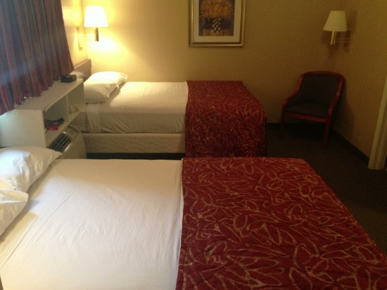 Suburban Extended Stay Hotel Kennesaw : Double Room 2