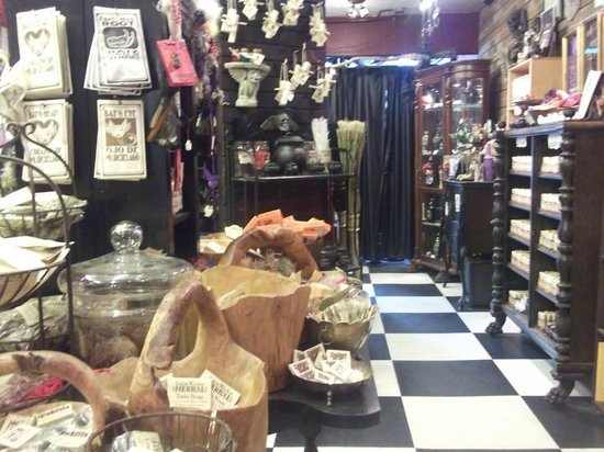 Hex: Old World Witchery: The inside of HEX when I was last there
