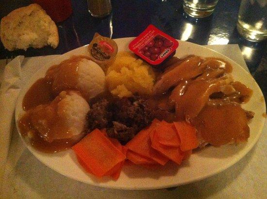 Rusty Anchor Restaurant: Thanksgiving Turkey Dinner