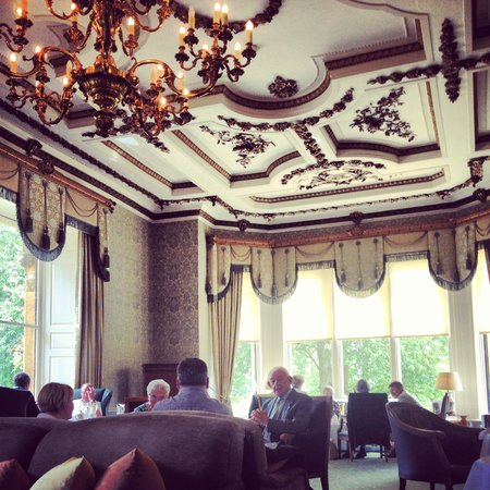 Ettington Park Hotel: Sitting room