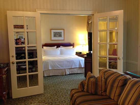 The Towers of the Waldorf Astoria: Guest suite
