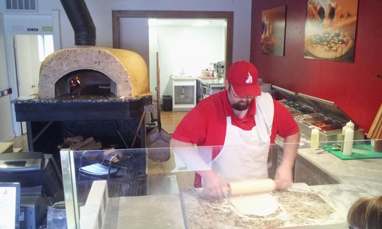 Riggatti's Wood Fired Pizza: A REAL wood burning, brick oven!