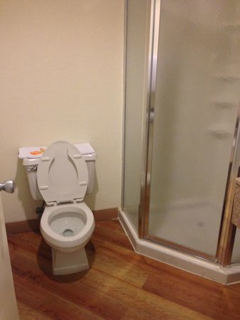 La Quinta Inn Minneapolis Airport Bloomington: Bathroom