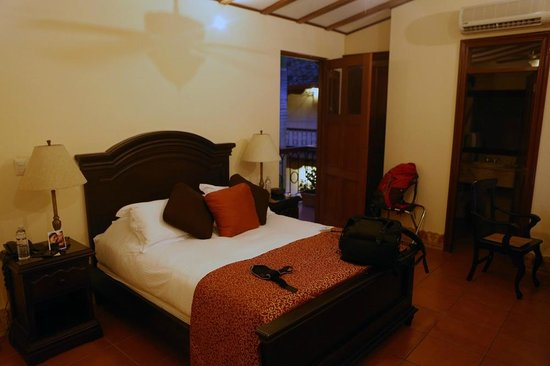 Hotel Plaza Colon: Spacious and comfortable rooms