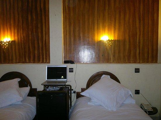 Amani Hôtel Appart: chambre double confort