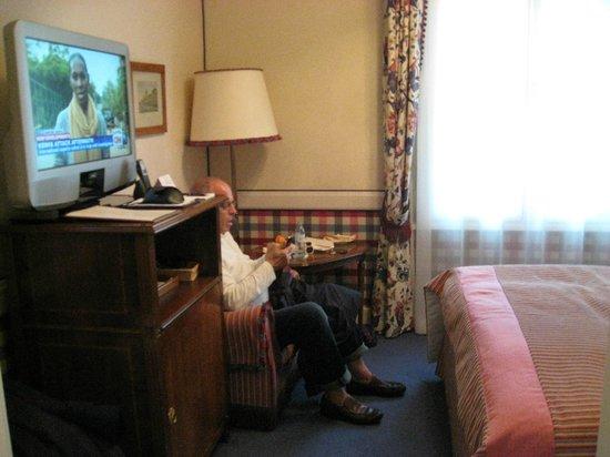 Hotel Sacher Salzburg: Tiny Room
