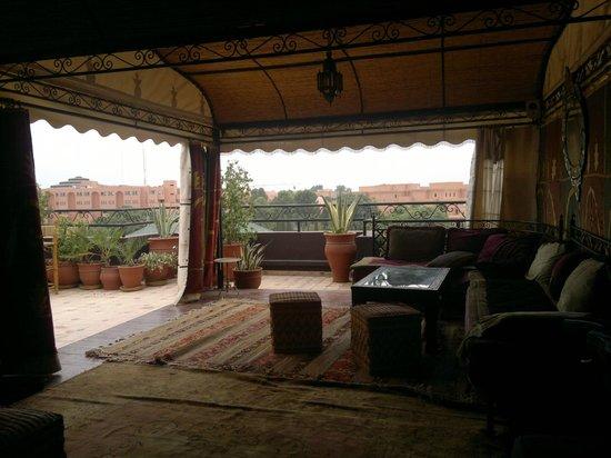 Amani Hôtel Appart: tente terrasse du toît