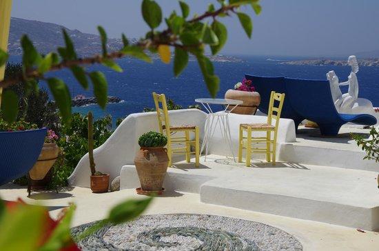 Omiros Hotel: Terrasse