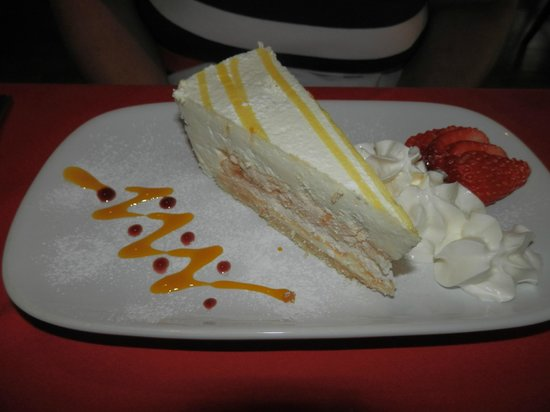 Na Lampang: Lemon Meringue Cheesecake