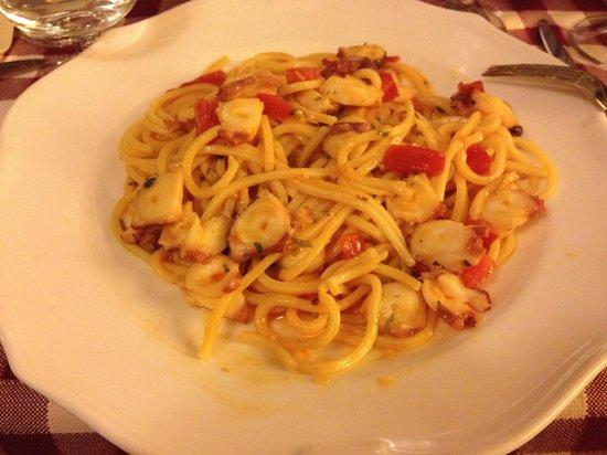 Alle Bandierine - Spaghetteria : Espaguete com polvo