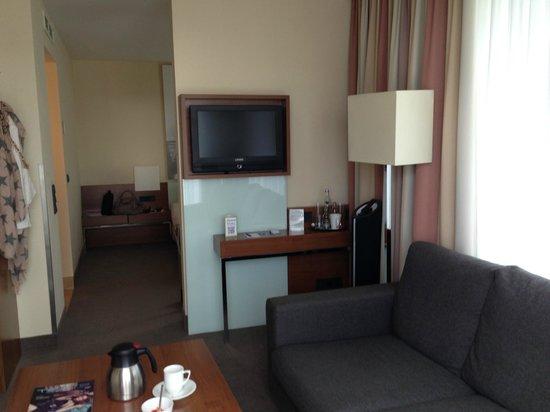 Lindner Hotel Am Michel: Suite  Einrichtung