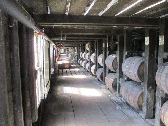 Wild Turkey Distillery : Storage and aging