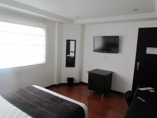 Hotel Classic: TV LCD