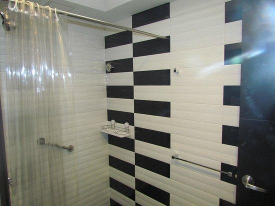 Hotel Classic: BAÑO