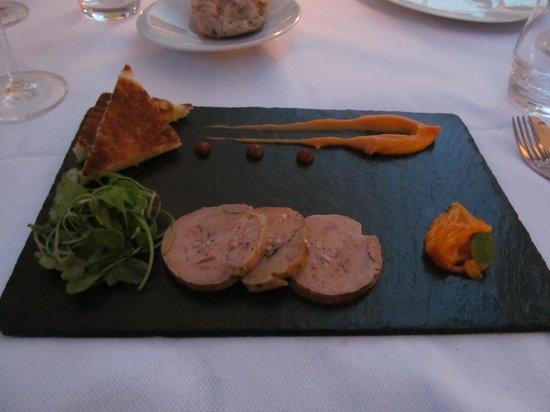 Hotel le Bailli de Suffren- Restaurant Le Loup de Mer: Foie Gras, Julienne de Mangue & Toasts