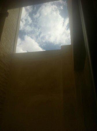 Corral del Rey: Vue de l'espace salle de bains.