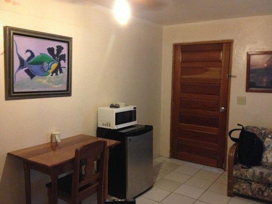 Corona del Mar Hotel & Apartments: some amenities