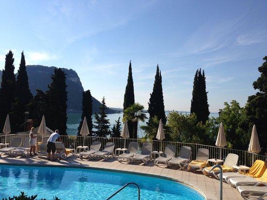 Hotel Excelsior le Terrazze: Вид с террасы для завтрака
