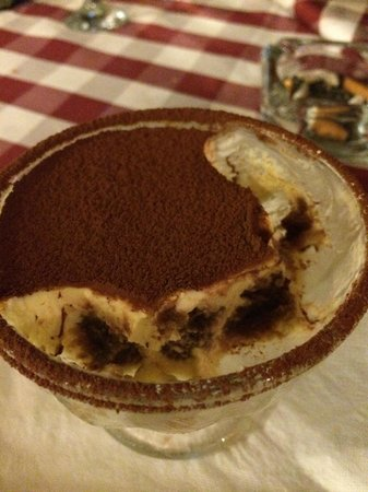 Pizza Casa Mia : BEST Tiramisu!