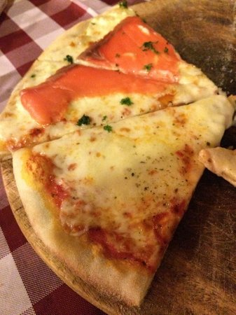 Pizza Casa Mia : Fresh pizza