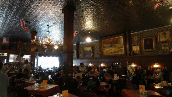 Irma Restaurant and Grille: restaurant