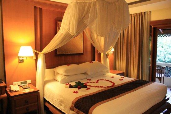 Khum Phaya Resort & Spa, Centara Boutique Collection: la cama...