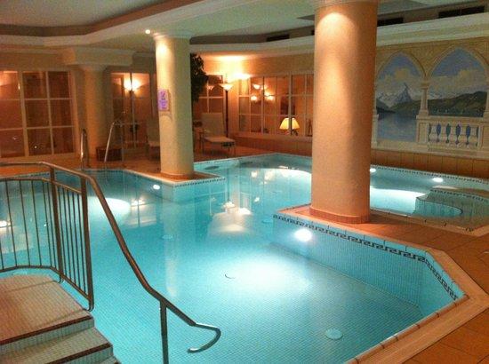 Hotel Tirolerhof: Gorgeous Spa Area
