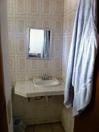 Motel Guluarte : Bathroom