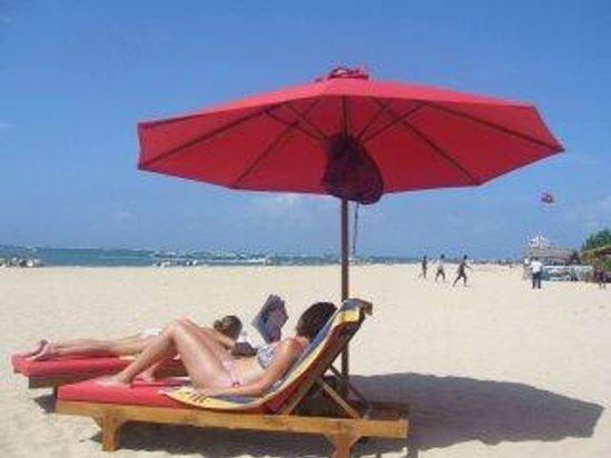 The Tanjung Benoa Beach Resort Bali: strand