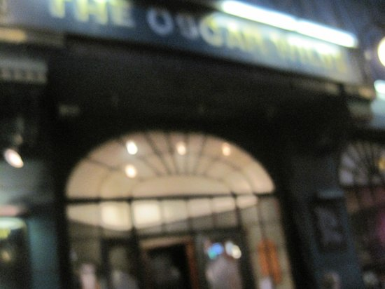 Blurry night at the Oscar Wilde