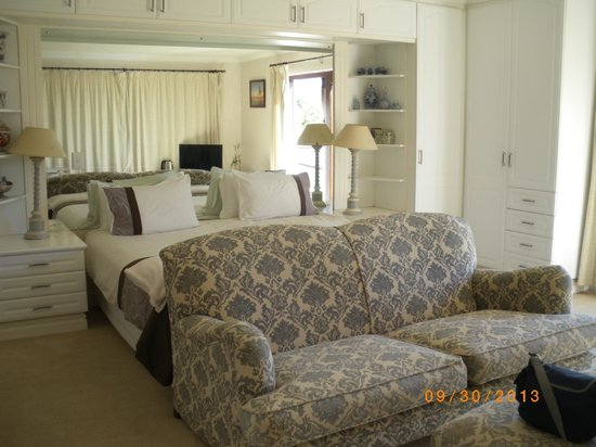 Knysna Country House: Bedroom
