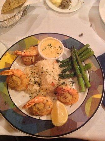 DoubleTree Cleveland East/Beachwood: Dinner / stuffed shrimp