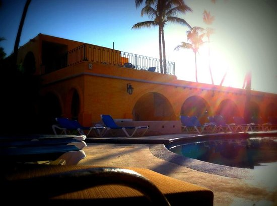 Hotel Mar de Cortez : morning view of pool