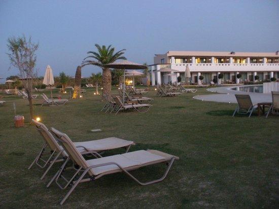 Cavo Spada Luxury Resort & Spa: Pool area