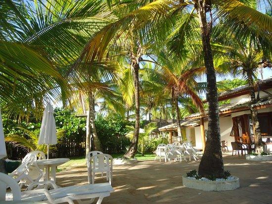 Enseada dos Corais Praia Hotel : hotel bem cedo
