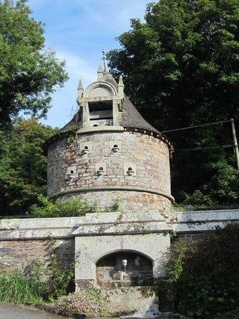 Lewtrenchard Manor: Dovecote