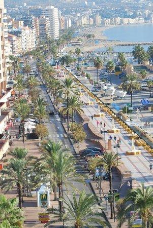 Hotel El Puerto by Pierre & Vacances: paseo maritimo fuengirola y los boliches