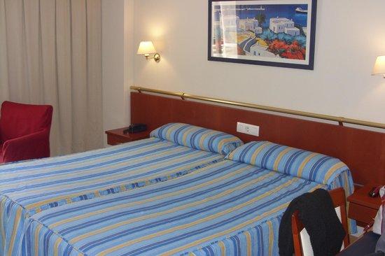 Estudiotel Alicante: Habitacion doble.