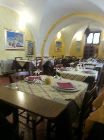 L'Assassino: Sala da pranzo