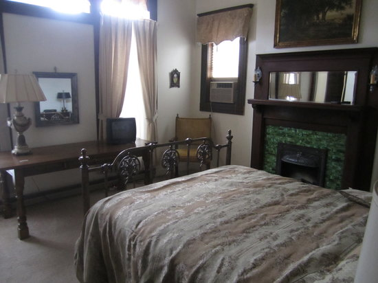 Maison MacDuff: Master bedroom