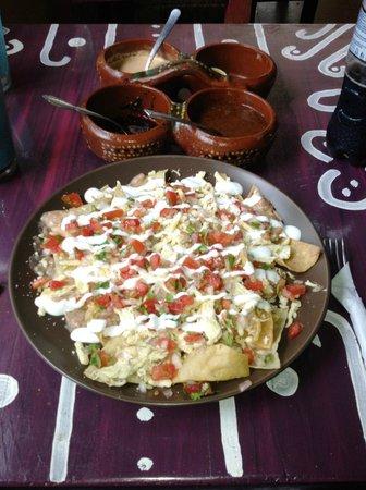 Figueroa's Burritos: Chicken nachos (minus the guacamole)