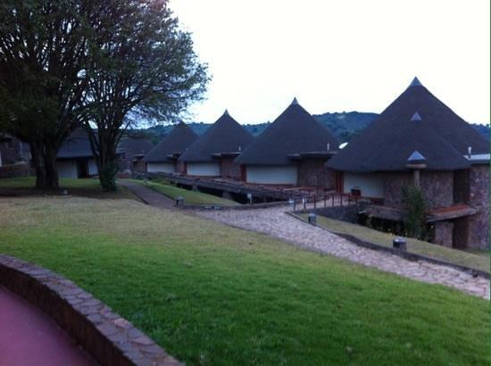 Ngorongoro Sopa Lodge: view of exterior of rooms