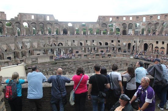 Walk With Pete : Colosseum