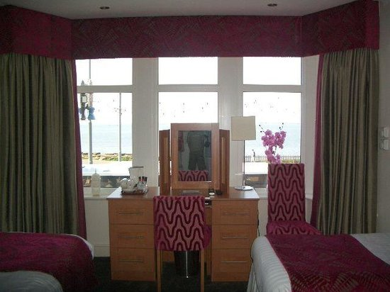 Elgin Hotel Blackpool: our room
