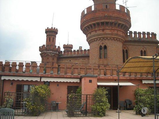 Camera principale della suite rosa bild von al castello for Planimetrie della camera a castello
