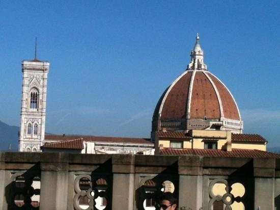 Hotel Machiavelli Palace: the Duomo and the Campanile seen from the cafe terrace at the Uffizi Gallery