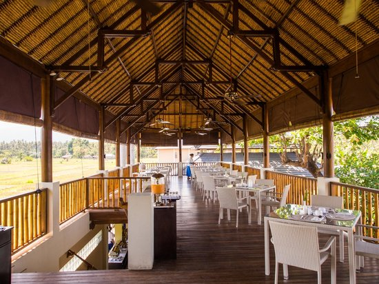 The Lovina: breakfast pavilion upstairs
