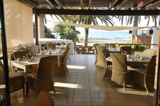 Finikas Hotel Naxos: Breakfast