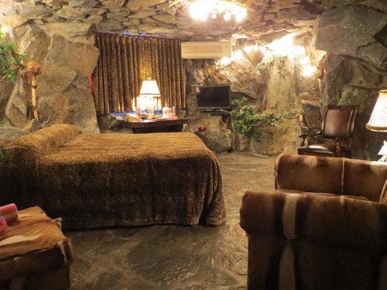 Caveman Room Picture Of Madonna Inn San Luis Obispo Tripadvisor