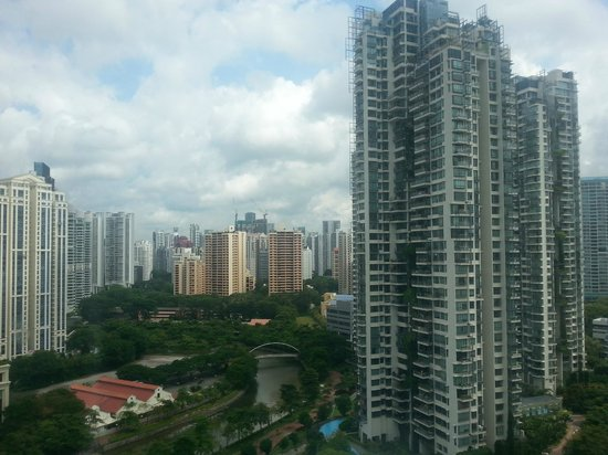 Riverview Hotel Singapore: Day view